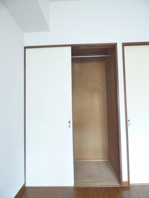 ※写真は203号室のものです