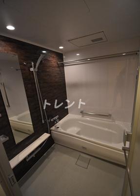 【浴室】三田トラストスクエアレジデンス