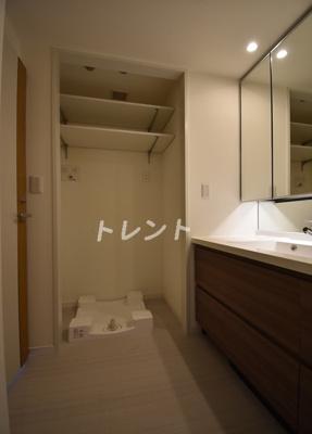 【洗面所】三田トラストスクエアレジデンス