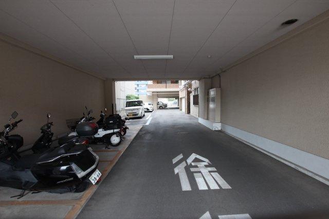 【駐車場】ロワールマンション大濠