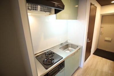 コンパクトなキッチンで掃除もラクラク 2口ガスコンロ