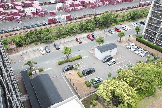 【駐車場】のむら貝塚ガーデンシティ六番館