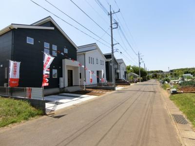 【前面道路含む現地写真】龍ヶ崎市長山3期 新築戸建 1号棟