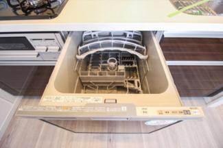 キッチンには食器洗浄乾燥機付