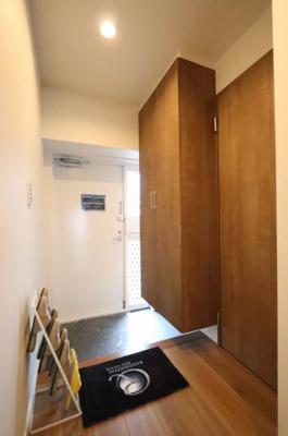 落ち着いた玄関です 三郷新築ナビで検索
