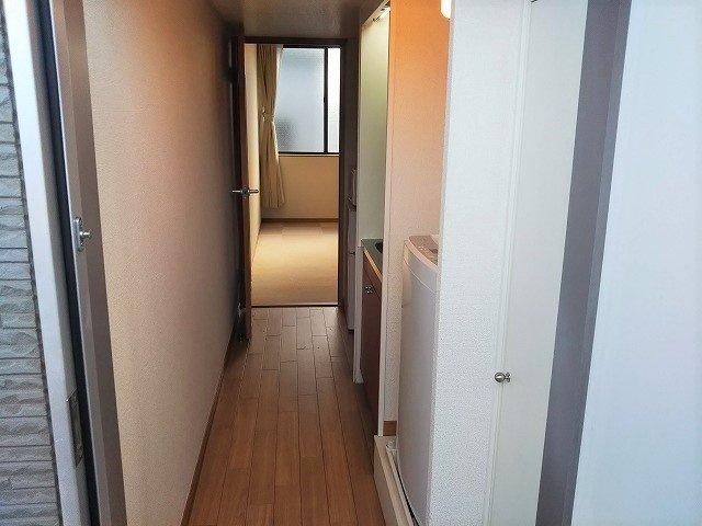 入口から 部屋仕様により異なります。