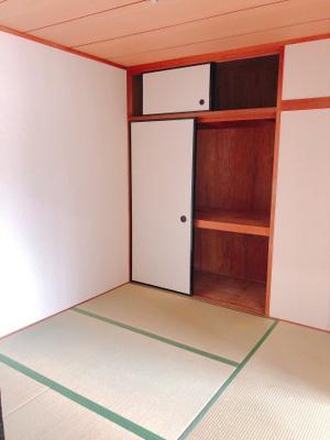 4.5帖の和室、押入