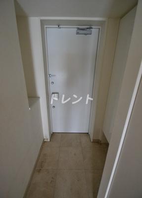 【玄関】ストーリア神宮前