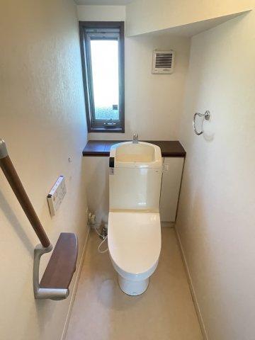1階2階それぞれにトイレが付いています。