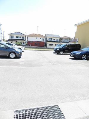 【駐車場】カサ フローレス A・B