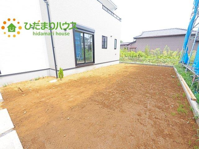 お庭付物件になります!お庭遊びや、プールなどお子様も大喜び(^^)