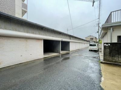 【外観】岡本ガレージ