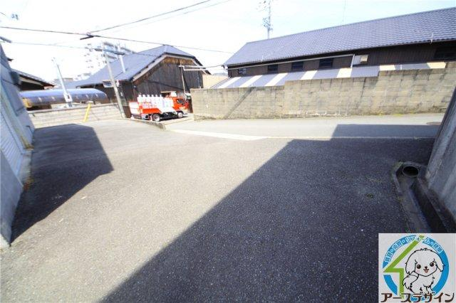 【その他】魚住町中尾貸倉庫