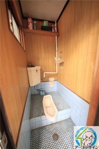 【トイレ】魚住町中尾貸し倉庫