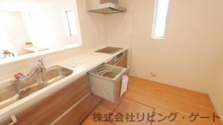オール電化・食器洗浄乾燥機・浄水器・床下収納付き