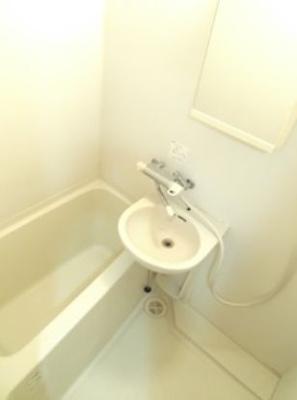 浴室乾燥付きのバス