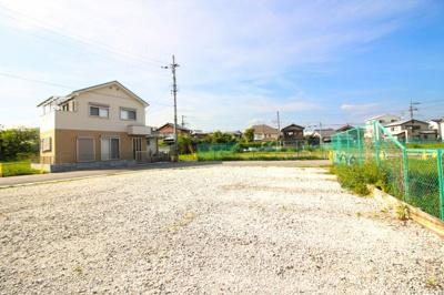 土地34.29坪の余裕ある敷地に4LDKの新築一戸建てが誕生します(*´▽`*)充実した設備で暮らしやすい生活が始まります。