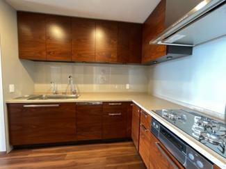 L字型システムキッチン 食洗器・浄水器付き
