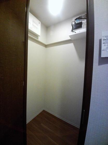 同物件別住戸の写真を参考に掲載しています。