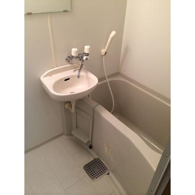 【浴室】アムール小松