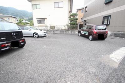 【駐車場】E.クレスト