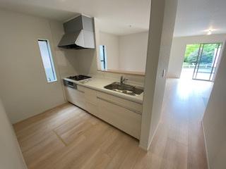 オープンタイプシステムキッチン♪ 新築戸建の事はマックバリュで住まい相談へお任せください。