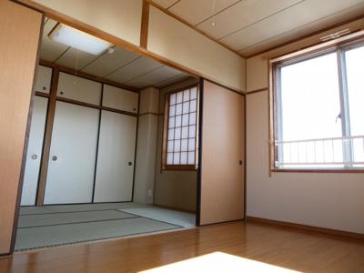 室内はこのようになってます