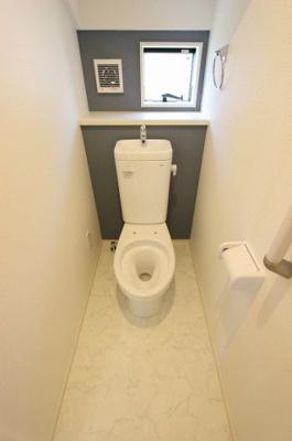 落ち着いたトイレです:建物完成しました♪♪毎週末オープンハウス開催♪三郷新築ナビで検索♪