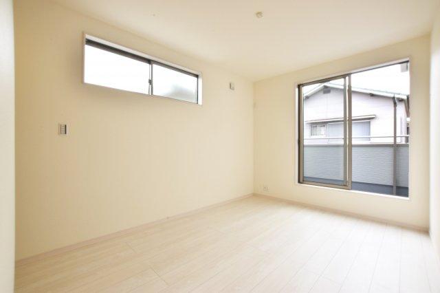 -同社施工例- 各居室収納でスッキリとした生活を過ごせそうです。