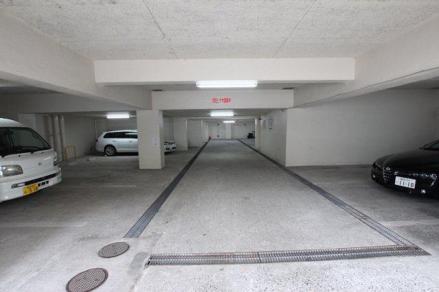 【駐車場】ゾンネンハイム大手門