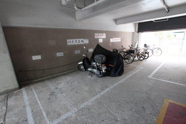 【駐輪場】秀和警固レジデンス