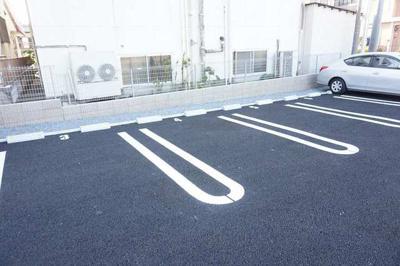 【駐車場】ニューベルトゥリー