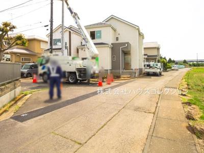 【前面道路含む現地写真】つくば市東光台Ⅰ 新築戸建 1号棟