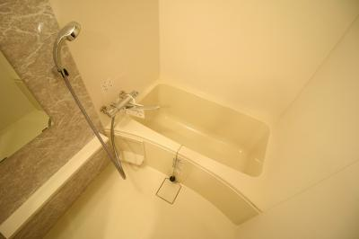 【浴室】エスリードなんば黒門