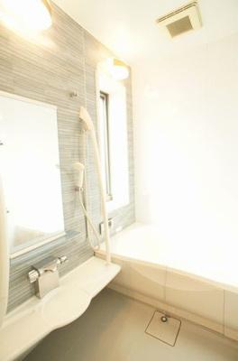 浴室は広々豪華仕様♪