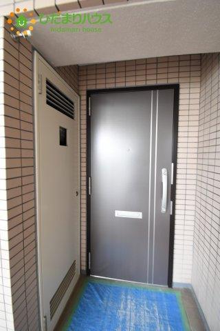 【玄関】コスモ大宮ラヴィール