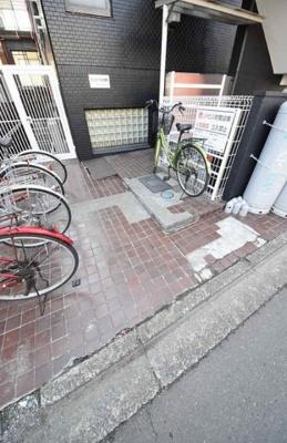 【エントランス】サンロイヤル武蔵野