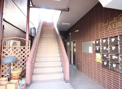 【エントランス】メゾンニトウB館