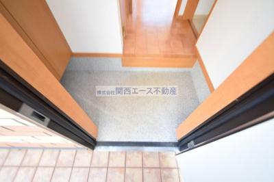 【玄関】コスモシティーⅡ番館