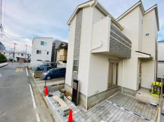 【前面道路含む現地写真】梅田小中に近い十間坂3丁目
