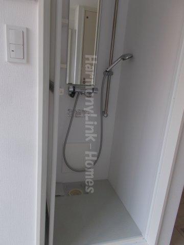 CITY  STYLE新大塚のシンプルで使いやすいシャワールームです
