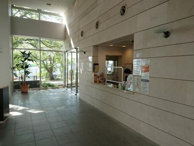【エントランス】ルネシーズンズ千里の丘7番館