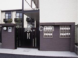 【エントランス】レオパレスシルバー コート(35915-208)