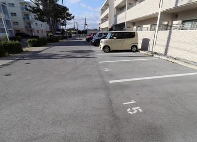 【駐車場】メゾン・デュ・パーク新都心
