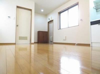 【寝室】アムスオカムラ