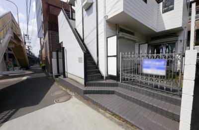 【エントランス】レオパレス志村第1