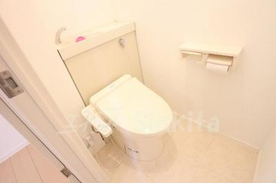 【トイレ】エクセルコート三国