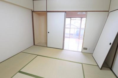 明るい和室です。