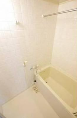 【浴室】アパートメントバラヤマ