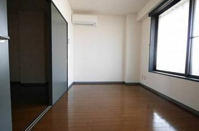 【洋室】アパートメントバラヤマ